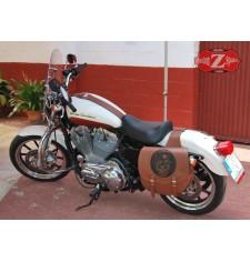 Alforjas para Sportster Harley Davidson mod, SPARTA - Skull Hat - Marrón claro - Hueco Amortiguador  - Específica
